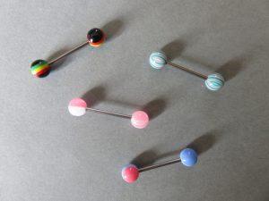 Piercing barre grosse boule